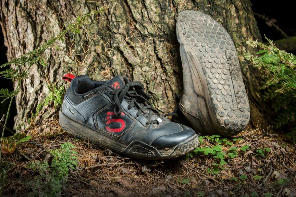 five-ten-impact-vxi-shoes-by-mick-kirkman-edit-1